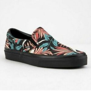 NWOT Vans Slip-on Shoes in California Floral